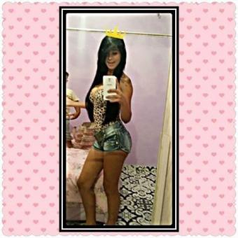 Letícia travesti com local